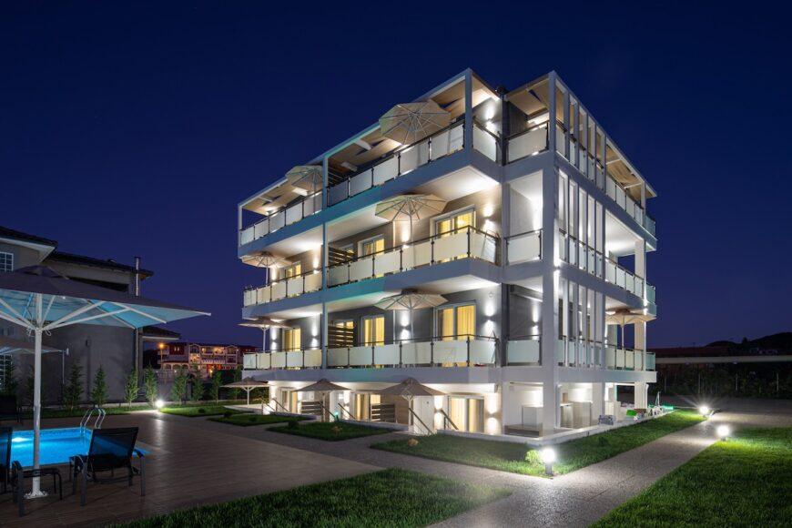 Melden Sie sich an Astra Sarti Luxury Suites